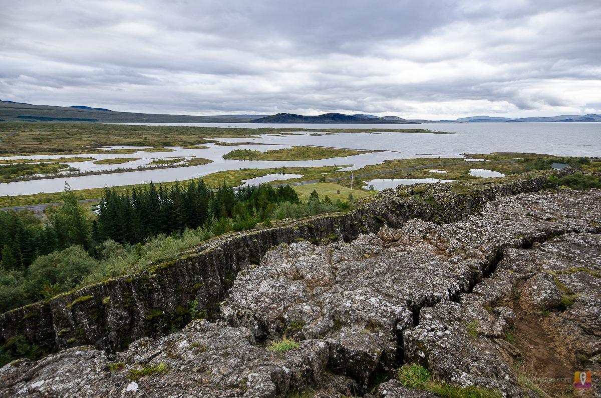Pingvellir miejsce w którym rozchodzą się płyty tektoniczne