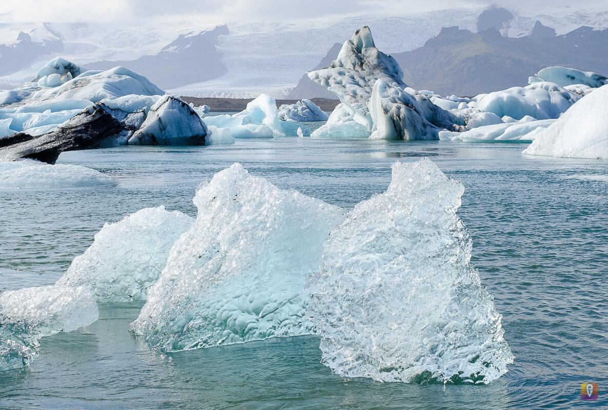 Jökulsárlón, dryfujące icebergi