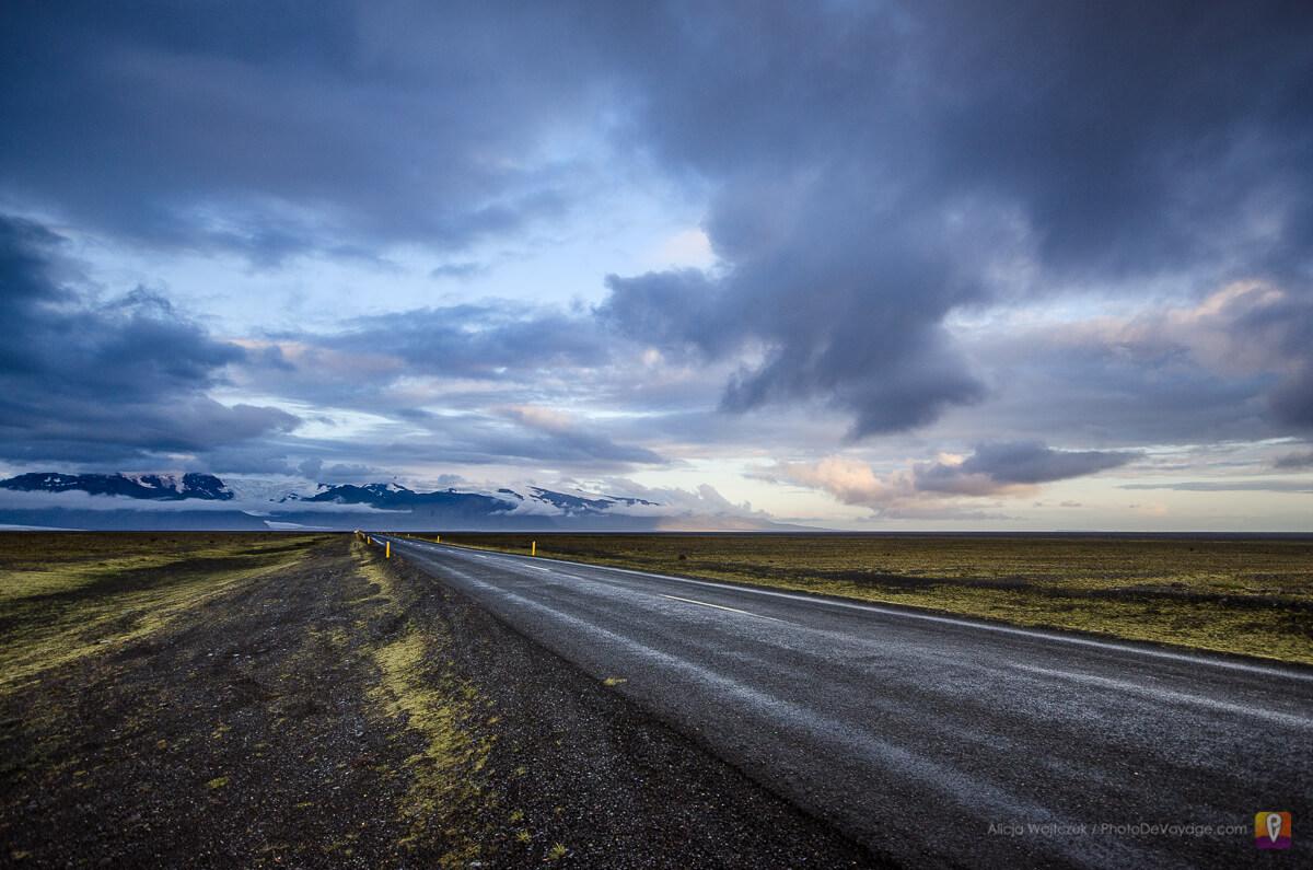Droga na Wybrzeżu Południowym Islandii