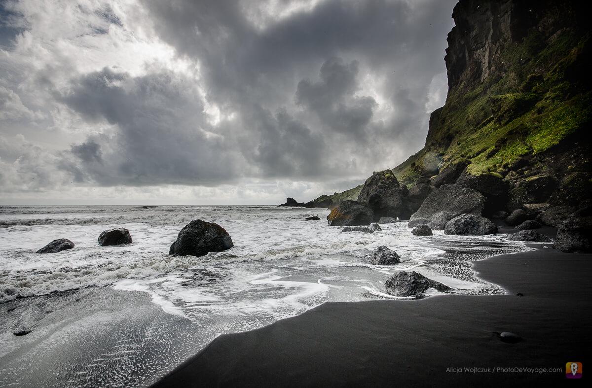Vik wulkaniczna plaża