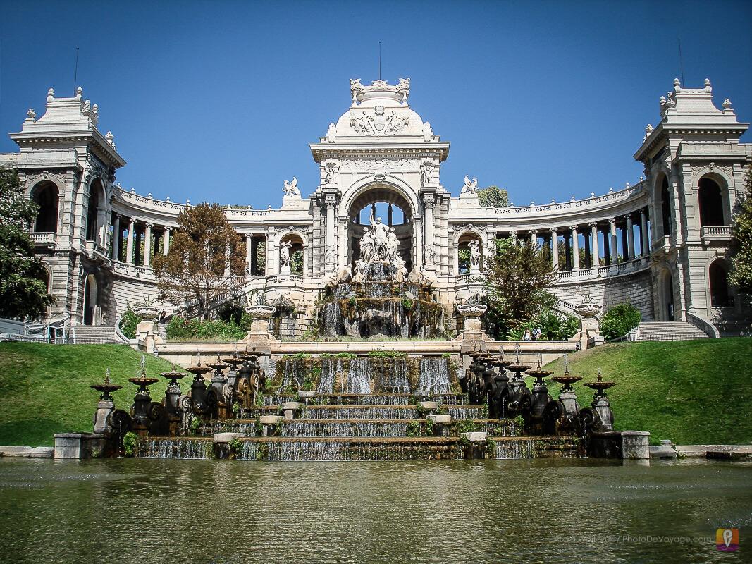 Pałac Longchamp z fontanną Marsylia