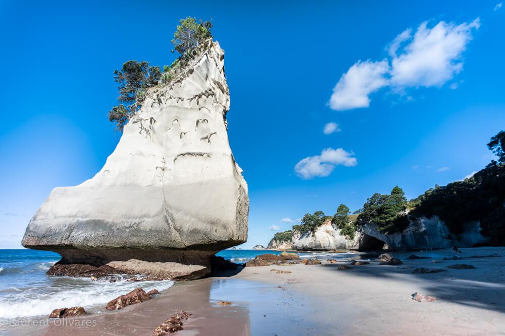 Un autre rocher à Cathedral Cove