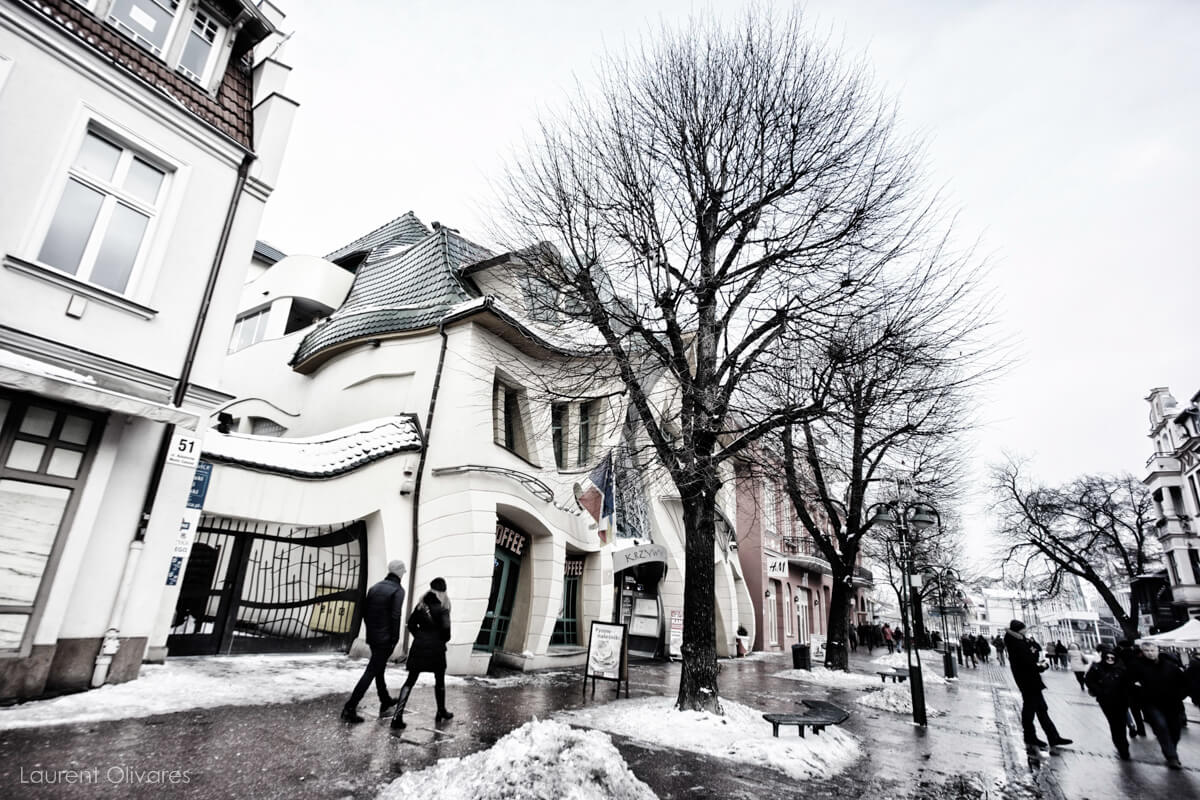 """La maison tordue"" (Krzywy Domek) de Sopot"
