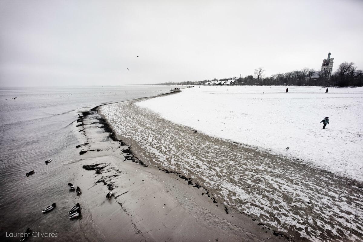 La plage de Sopot sous la Neige en Pologne